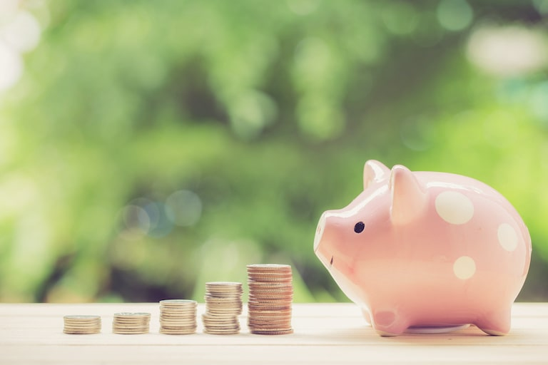貯蓄性の有無を比較:「積立」or「掛け捨て」