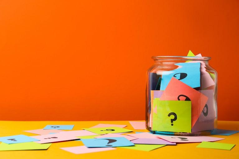 介護保険制度の運営者と利用者双方の目線で考える課題と問題点
