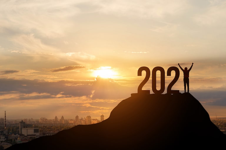 最新2021年度改正のポイントと背景・高額介護費用などの改定、8050問題への対応、ICT化など