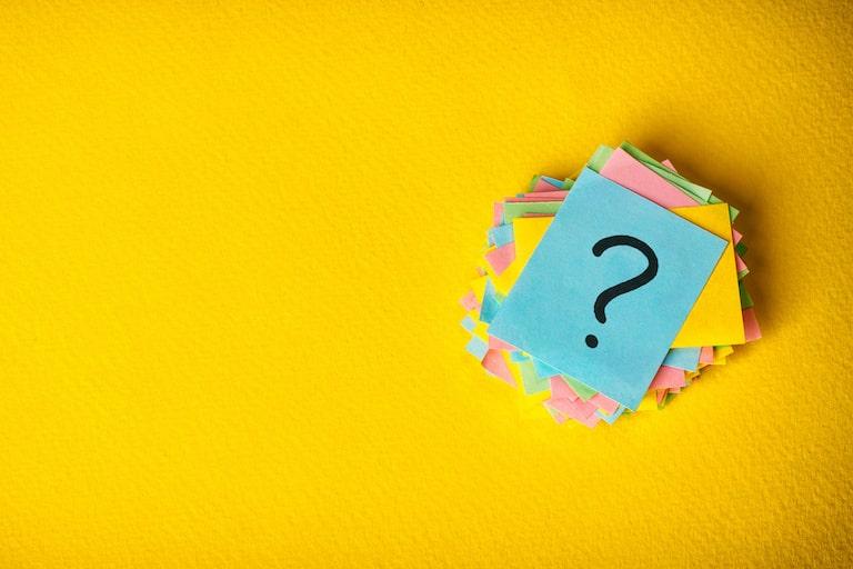 民間の医療保険と介護保険、なぜ「どちらに入るべきか」と悩むのか?