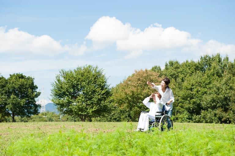 民間介護保険は任意、加入の必要性を考えてみよう